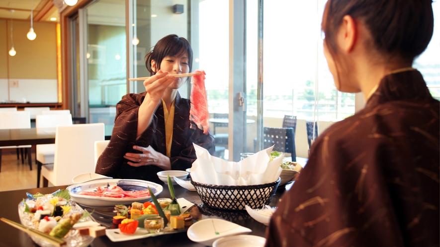 レストラン「風の音」での食事