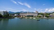 琵琶湖を望む外観