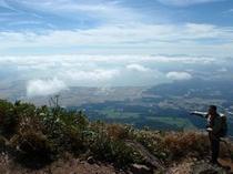 磐梯山から見る猪苗代湖