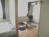 ロフト付洋室2室続きタイプ