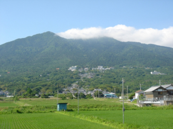 初夏の筑波山/つくば市
