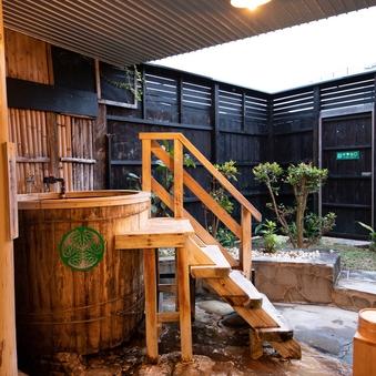 【準特別室/露天風呂付/和室(トリプルベッド)】8畳+6畳