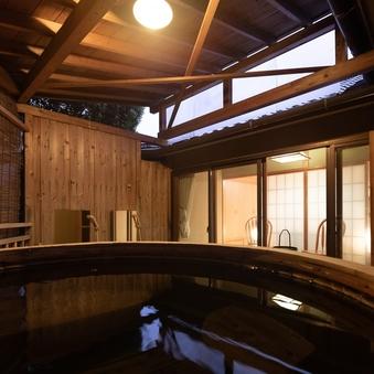 【離れ/特別室/露天風呂/和室(トリプルベッド】10畳+6畳