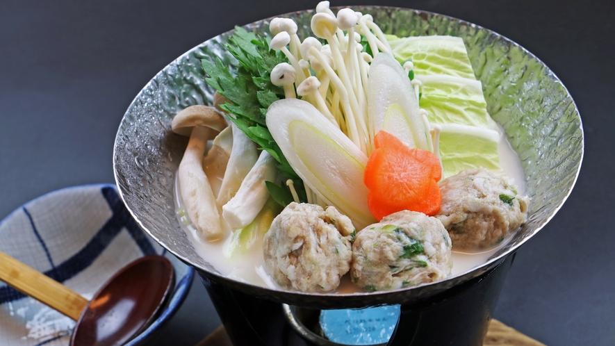 (単品一例)この日は旬野菜のつみれ豆乳鍋