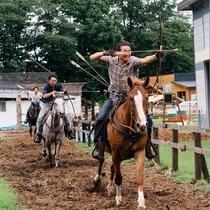 -【宿近くの乗馬施設】流鏑馬体験もできます。