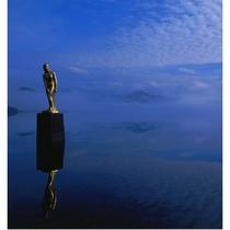 田沢湖たつこ像