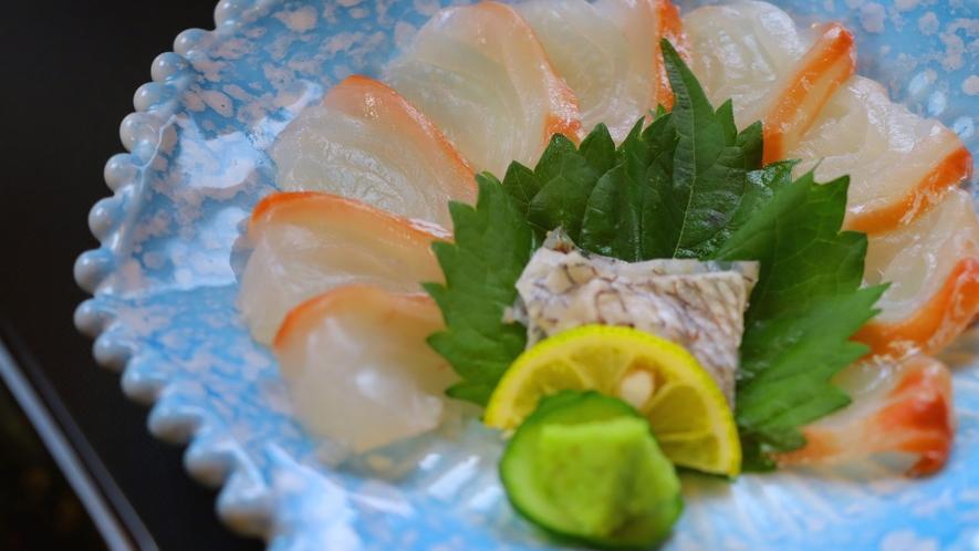 鯛のお刺身も新鮮でプリプリです^^