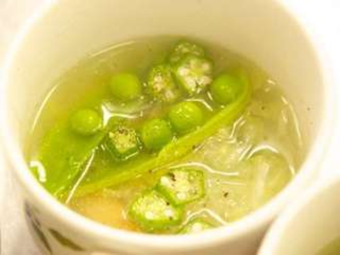 健康な地元お野菜のスープ