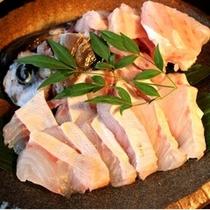 (夕食)冬の味覚クエ鍋