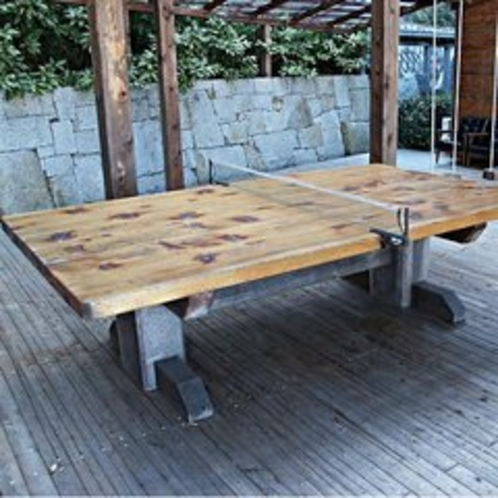 檜扇荘 檜の卓球台