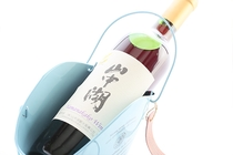 ワインの王国山梨県産ワインを厳選してお出ししています。