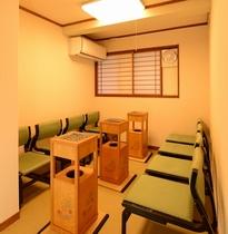 【喫煙室】2階に新設された喫煙室