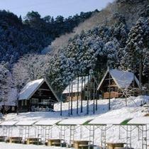 【雪景色の外観】
