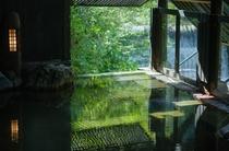 渓流の湯[露天風呂]