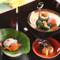 *【太閤御膳「松」/】前菜2013春~秋/旬の食材を盛り込んだ、華やかな色合いの「旬彩盛り」です