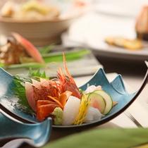 *【太閤御膳「松」】その日、その時の旬の鮮魚を鮮やかに盛り付けた「五種盛り」