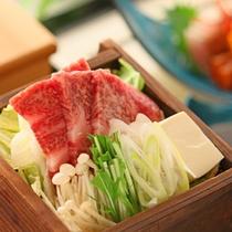 *【太閤御膳「松」】新潟産の日本酒で酒蒸しされた「頸城牛君の井蒸篭蒸し」