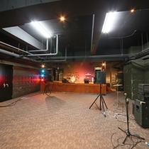 *【音楽スタジオ『La-Cosa-Nostra』】B2F/館内には、設備の整ったスタジオステージも!