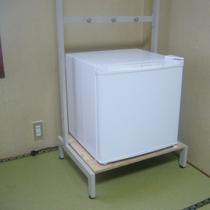 *お部屋一例(洋室)冷蔵庫もございます。