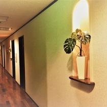 *【施設】当館内装 落ち着いた雰囲気でゆったりお過ごしいただけます。