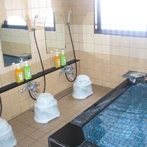 *【風呂】お風呂は人工温泉!さらに24時間いつでも入浴可能です。