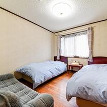 *部屋(洋室3階)