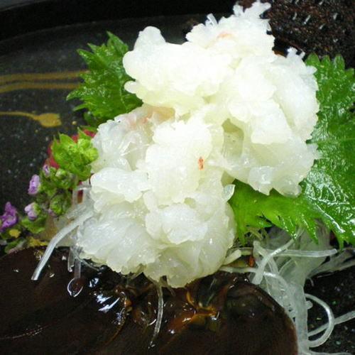 【伊勢海老のお刺身一例】新鮮な伊勢海老のお刺身をご賞味いただけます。(7〜9月は禁漁)