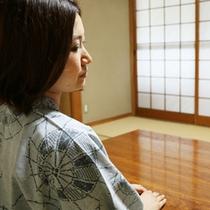 静かで落ち着いた雰囲気の和室でくつろぎのひとときを…