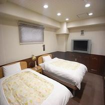 201号室寝室