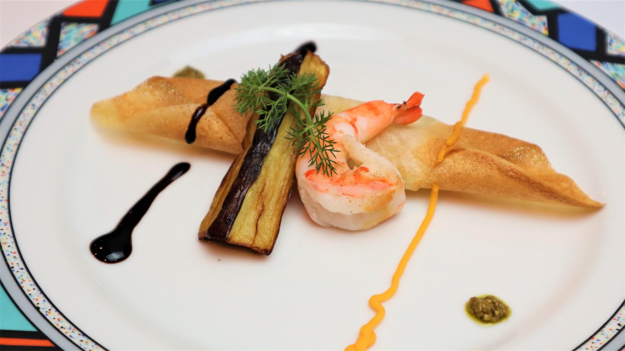 夕食の一例:白身魚のパートブリック包み