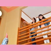 吹き抜けの開放的な空間♪2階からしか見られない隠れ小物を発見できるかも?!