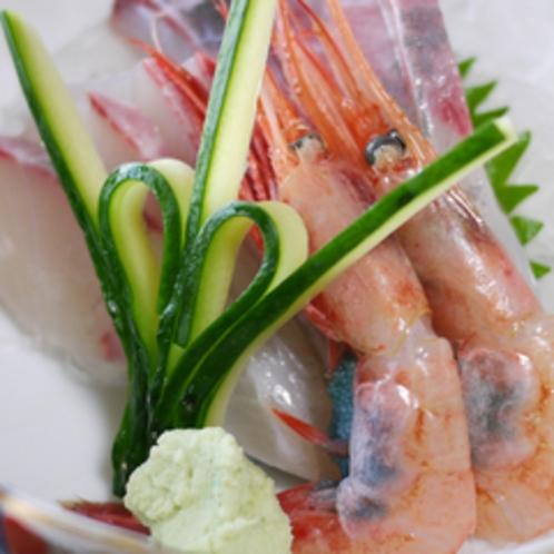*ご夕食イメージ:刺身(子持ち甘エビ、かんぱち)