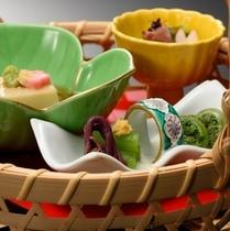 ■四季替り会席・春の前菜