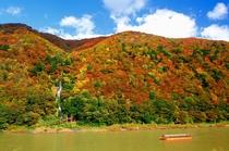 秋の最上川 舟下り