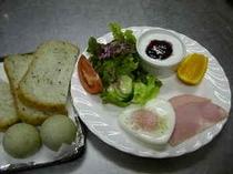 自家製パン付☆朝食