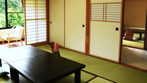 【本館】和室10〜12畳/次の間4〜10畳/バス・トイレ付