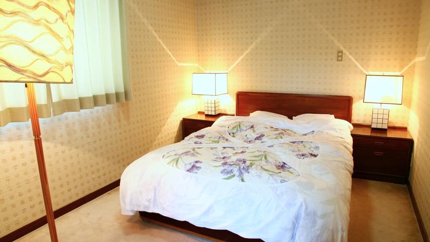 【離れ特別室】群竹:和室12.5畳/ダブルベッドルーム【定員】2~5名