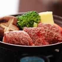 【選べる料理】陶板焼き/新潟県産和牛