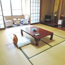 8畳和室(控え間・洗面所・トイレ付)