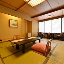 【翆明館和室の一例】川のせせらぎが心地よいお部屋です。