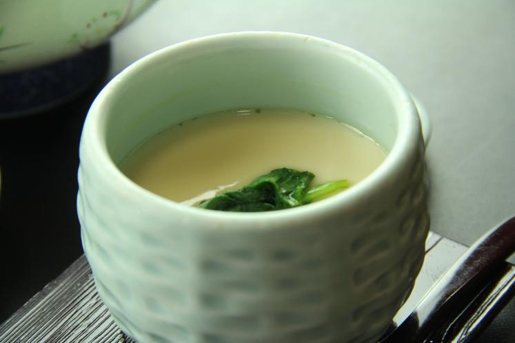 《匠の膳~takumi~ 一例》出汁が違うこだわりの茶碗蒸し