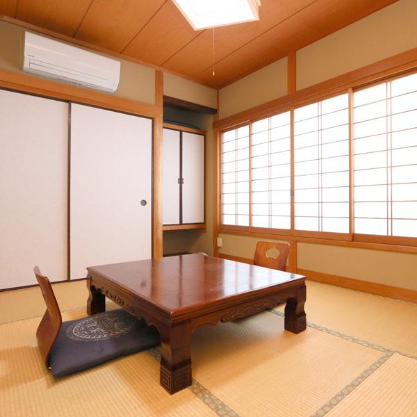 2階客室6畳◆2〜3名様でのご利用になります