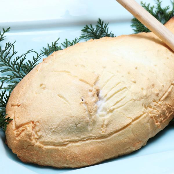 【別注料理(要予約)】脂の乗った真鯛1匹丸まる塩で包んで焼いた鯛の塩釜焼き