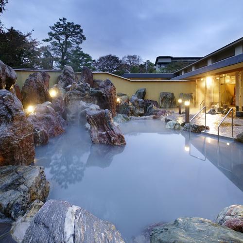 庭園大露天風呂【お客様評価5つ星】