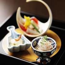峰の界・夕食イメージ