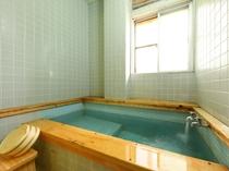 源泉内湯付き和室