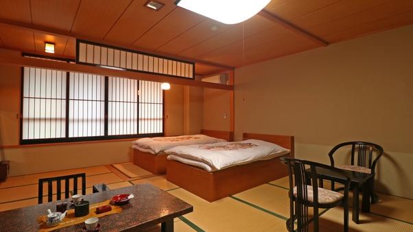 ツインベッド付 和室12.5畳+板の間(バス・トイレ付)