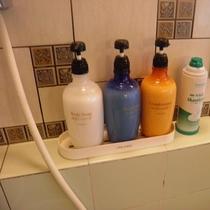 大浴場のシャンプー類