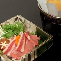 自然豊かな安曇野で育った安曇野豚のお鍋(一例)