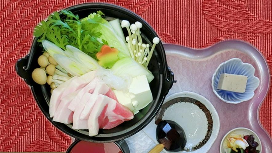 八幡平ポークの肉鍋定食(冬季限定)